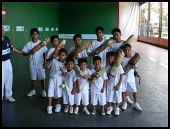 escuela niños manila cesta